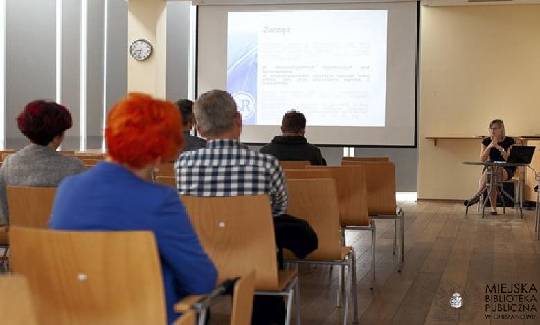 """""""Prawo w organizacji ngo"""" – relacja z wykładu prawnika Beaty Nowak"""